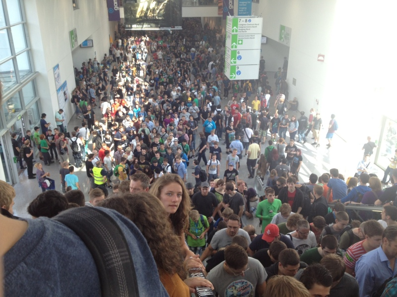 360K people were at Gamescom over the weekend.  This is just the hallway.